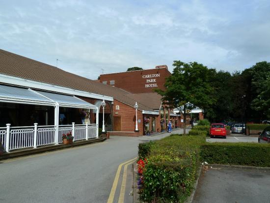 carlton-park-hotel2
