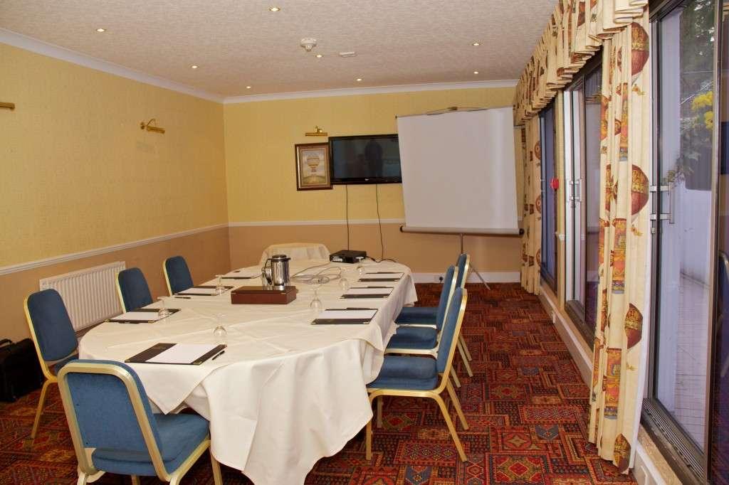 Wrekin Room (now Lander Bar)